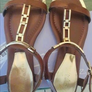 Marc Fisher Maribell brown & gold sandals. New 7M